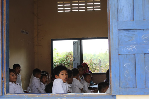 A typical TEFL classroom in rural Asia