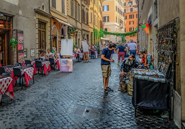 Accelerating Italian language learning while in the streets of Rome