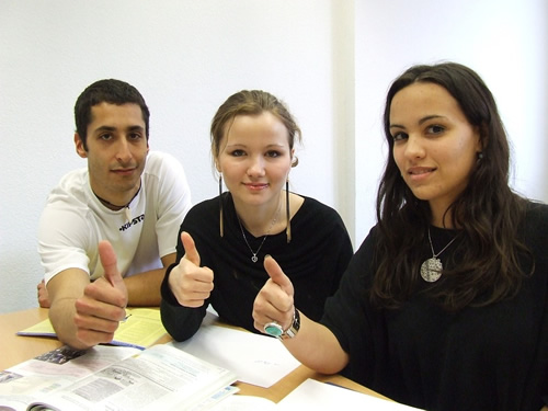Choosing a language school abroad - students