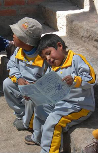 Children in Chile reading